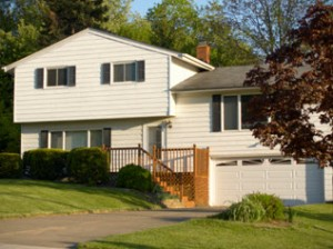 split level small 300x224 Types of Homes You'll Find While House Hunting