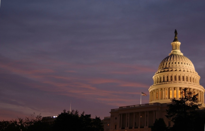 iStock_Capitol Dome at Dawn Small
