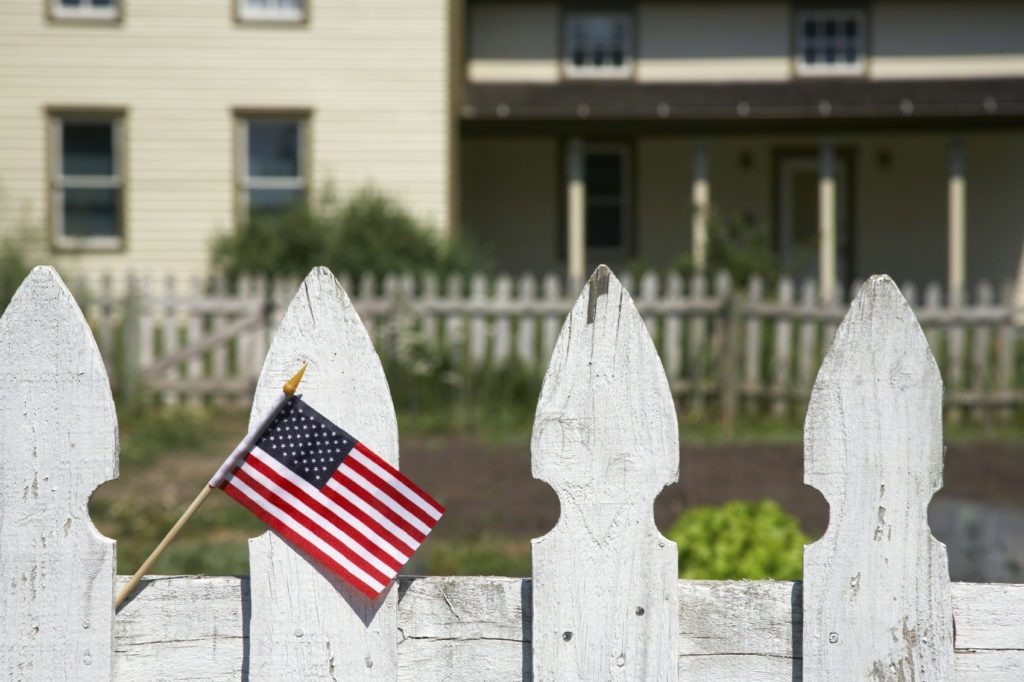 Picket fence AmericanFlag 1024x682 Property Boundary Problems: Tactful Tips to Solve Disputes
