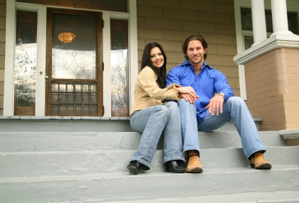 iStock Couple houseXSmall Top 5 Reasons to Buy a Home in 2012