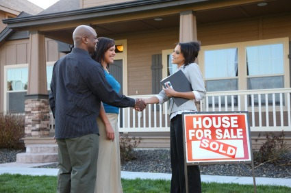 Home buying tips questions to ask your realtor zing Questions when buying a house