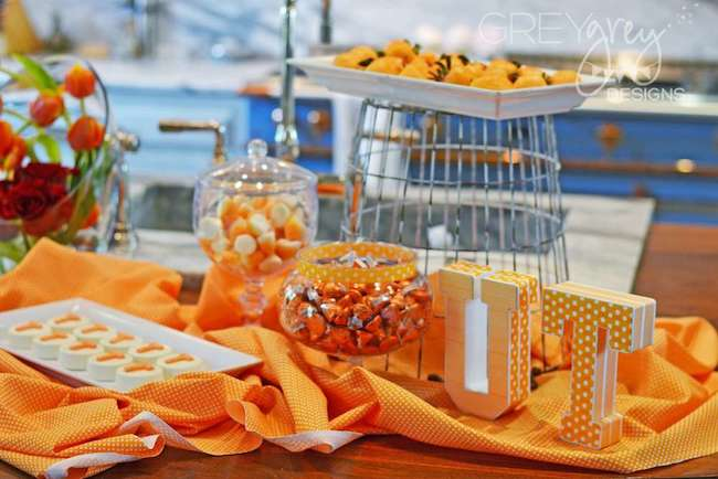 Throwing a Graduation Party on a Budget - Quicken Loans Zing Blog