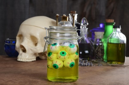 DIY Indoor Halloween Decorations - Quicken Loans Zing Blog
