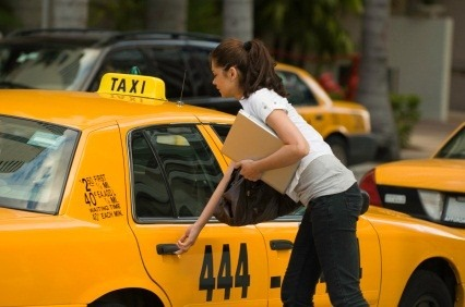 Take a Taxi or Rent a Car? Which is More Cost Efficient? - Quicken Loans Zing Blog