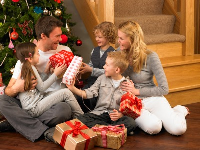 iStock 000018106455XSmall 5 Ways to Spend Less on Gifts (And Get Your Family to Spend Less Too)