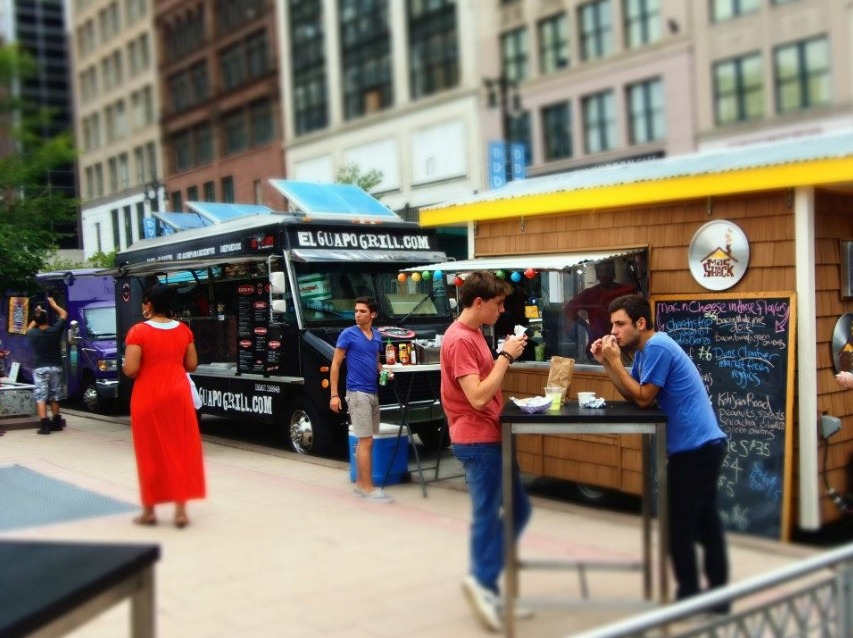Detroit Food Trucks - Quicken Loans Zing Blog
