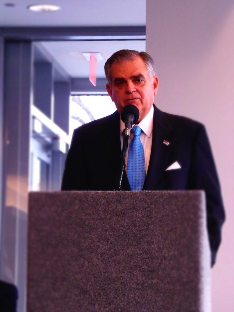 Transportation Secretary Ray LaHood - Quicken Loans Zing Blog