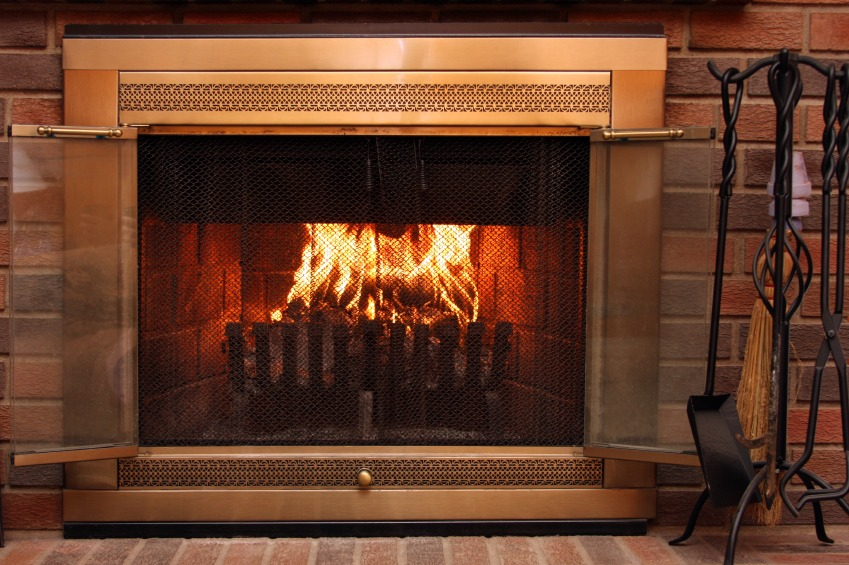 Gas vs. Wood Burning Fireplaces: What's Better? - Quicken Loans Zing Blog