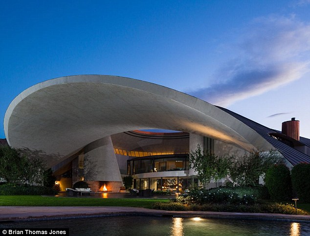 5 Space-Age Homes to Get You Excited About Modernist Architecture - Quicken Loans Zing Blog