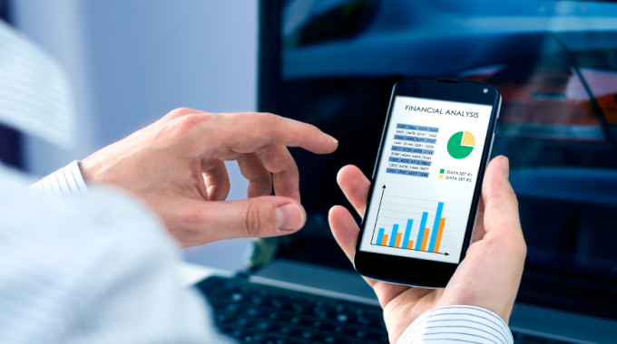 4 Personal Finance Apps For Your Phone