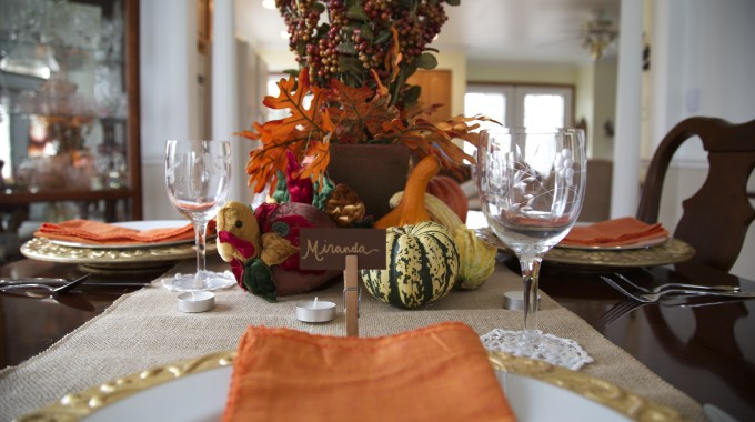 Thanksgiving Table Decor On A Budget