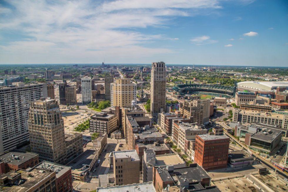 Detroit aerial skyline