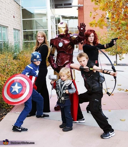 Movie Themed Costumes  sc 1 st  Quicken Loans & Halloween Costume Ideas for Everyone in the Family - ZING Blog by ...