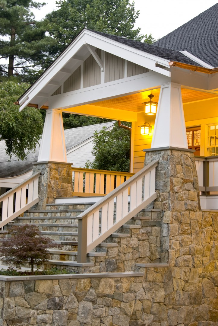 How to identify a craftsman style home the history types for Craftsman porch