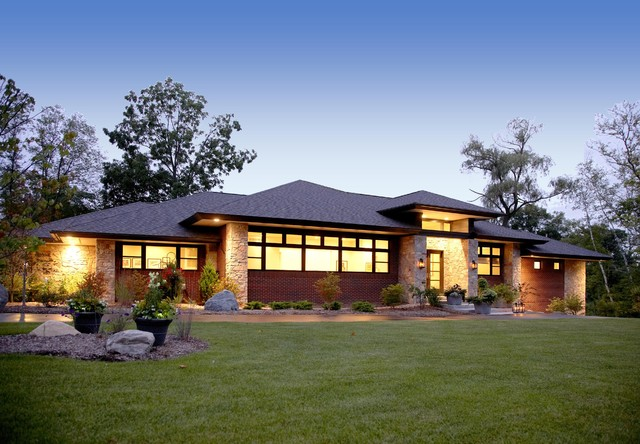 How to identify a craftsman style home the history types for Prairie style home plans