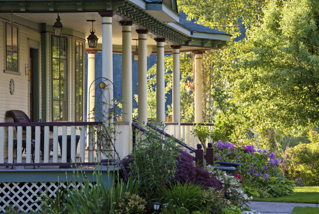 5 Ways to Get Your Porch Ready for Summer - Quicken Loans Zing Blog