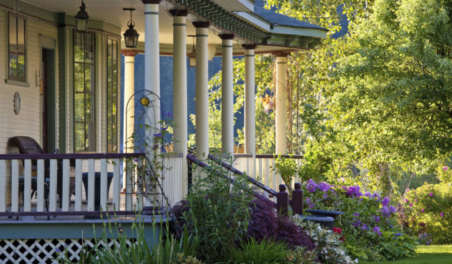 5 Ways To Get Your Porch Ready For Summer