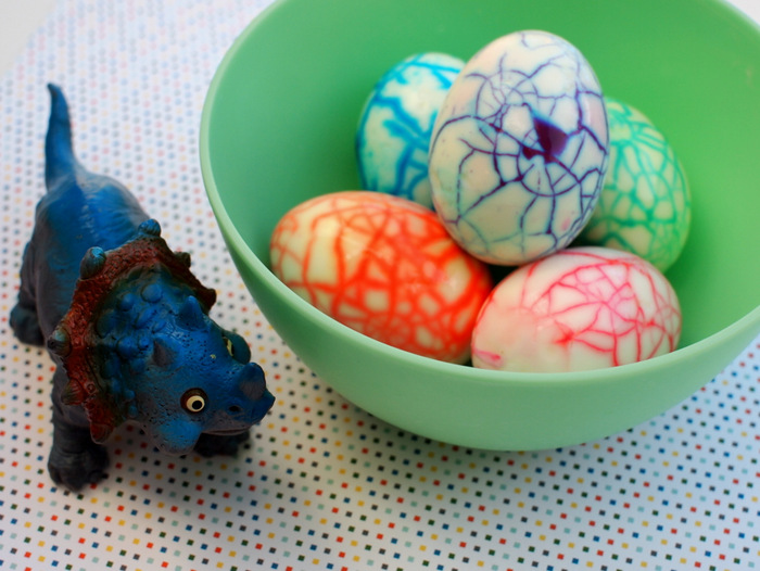 10 Egg Stremely Easy Easter DIYs