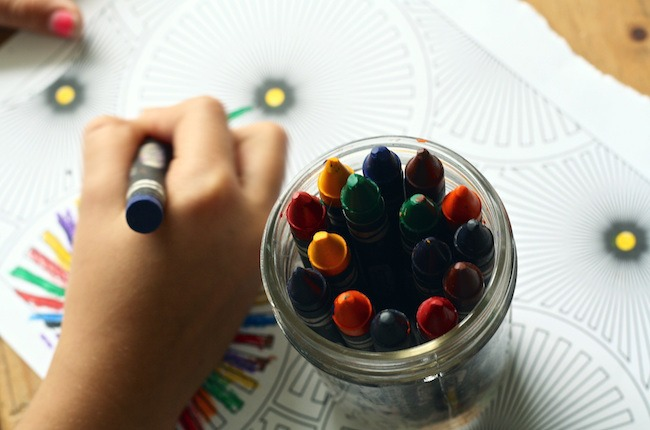 8 Fun Crafts To Keep Your Kids Busy This Spring