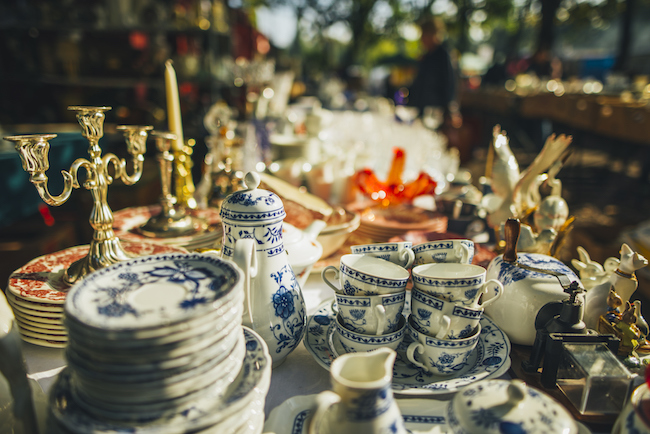 Tips for Having a Successful Garage Sale | ZING Blog by