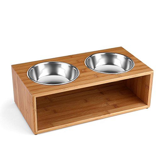 Wooden, raised pet feeding dishes